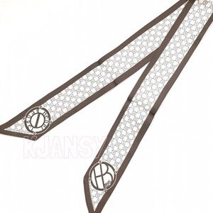 NWOT Henri Bendel Signature Logo Twilly Scarf